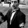 Creo que vivo con un Zombie