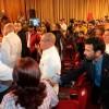 Capriles se burla de los opositores.